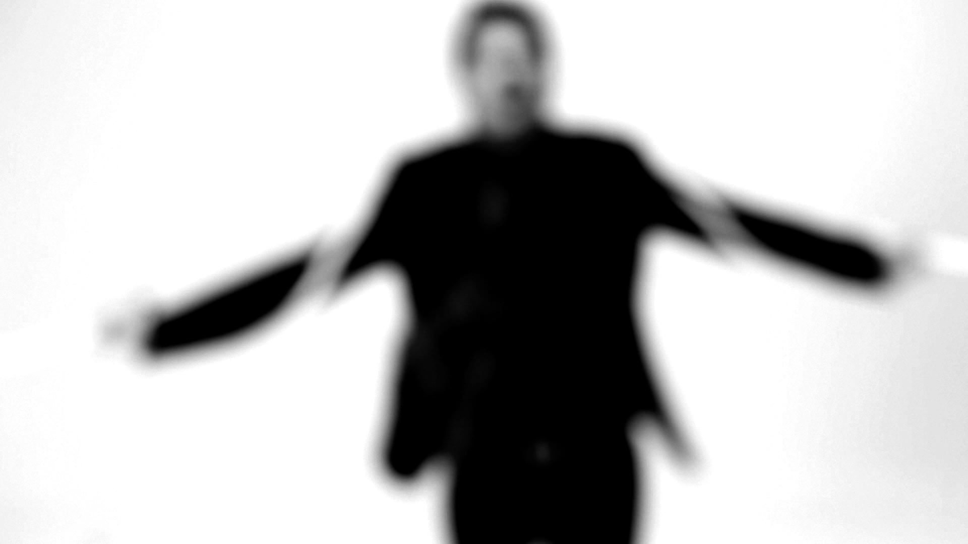 Frame del Videoclip CUEERDAS.